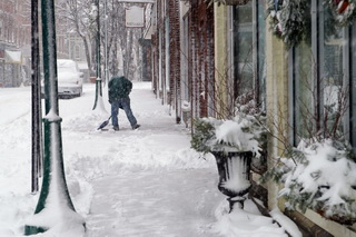snow sidewalk_000005004675small