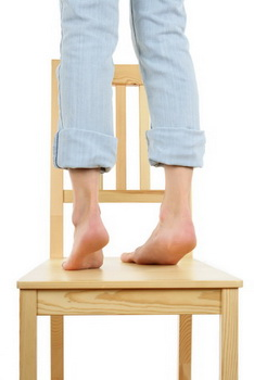 Stand Chair