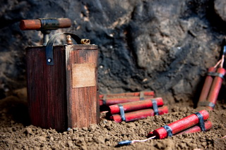 Explosives_000013412573small